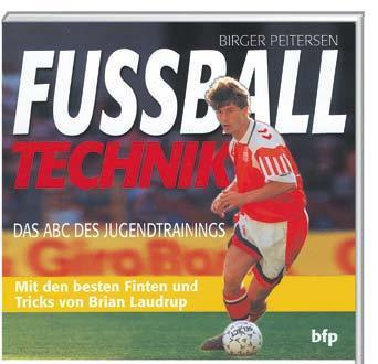 "Buch: ""FUSSBALL TECHNIK"""