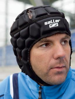 saller Goalie Helm